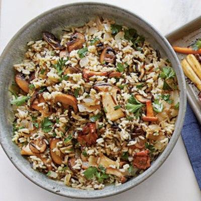 Άγριο ρύζι με μανιτάρια