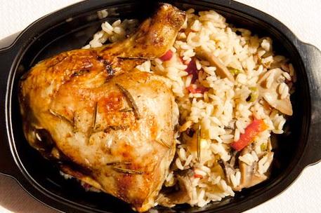 Κοτόπουλο μπούτι με δενδρολίβανο